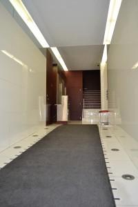 Acceso Centro de Negocios en Zaragoza 2